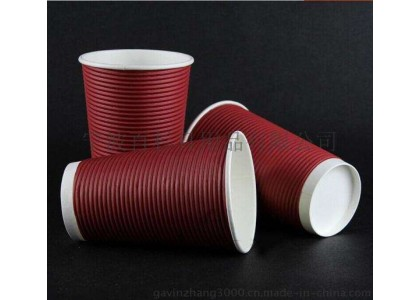 ถ้วยที่ใช้แล้วทิ้งจะเต็มไปด้วยเครื่องดื่มร้อนหรือไม่?